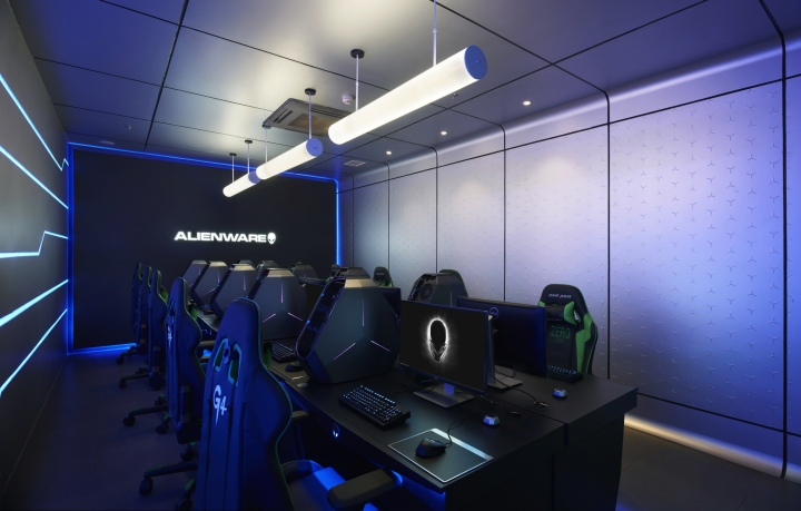 Alienware-G4-Internet-cafe-by-Gramco-Ningbo-China-02