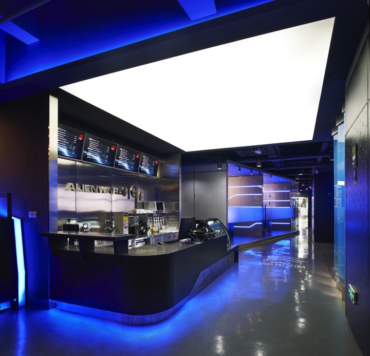 Alienware-G4-Internet-cafe-by-Gramco-Ningbo-China-03