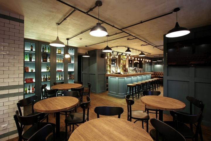 Seven-restaurant-pub-by-Ramunas-Manikas-Klaipeda-Lithuania-02