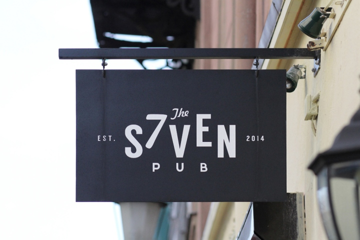 Seven-restaurant-pub-by-Ramunas-Manikas-Klaipeda-Lithuania-24