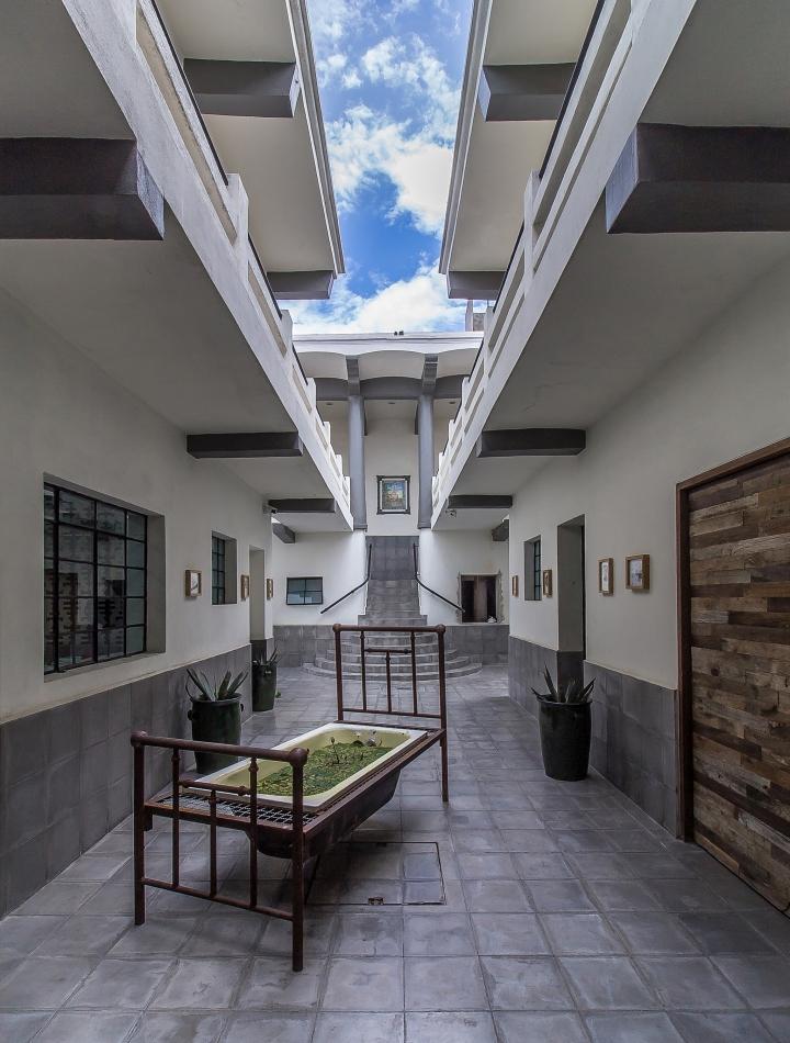 Expendio-Tradicion-Mezcal-Bar-by-EZEQUIELFARCA-Oaxaca-Mexico-11