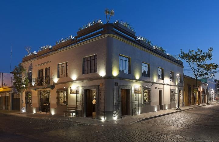 Expendio-Tradicion-Mezcal-Bar-by-EZEQUIELFARCA-Oaxaca-Mexico-17