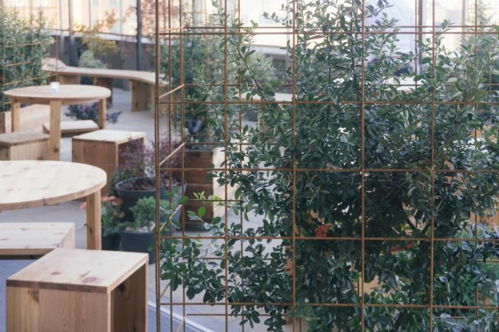 Kimoto-Rooftop-Beer-Garden-by-Isometric-Studio-New-York-15