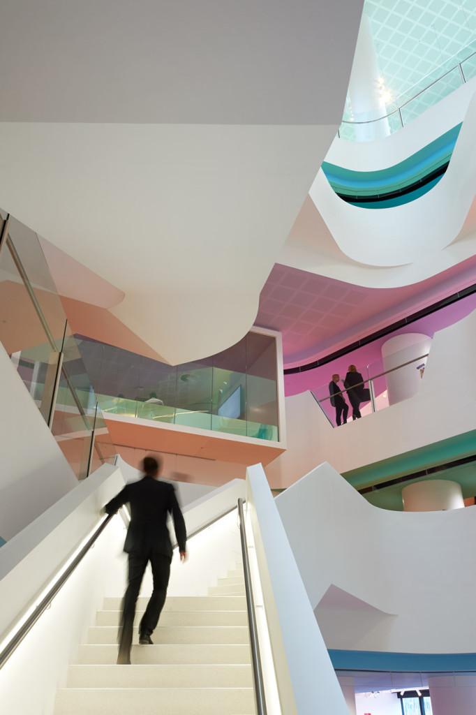 Medibank-Workplace-by-Hassell_dezeen_03