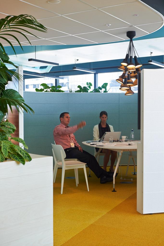 Medibank-Workplace-by-Hassell_dezeen_07