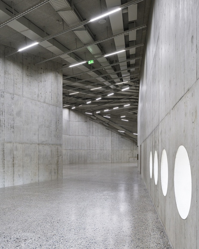 10_The_new_exhibition_space_with_an_industrial_flair