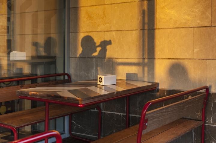 Blondie-Burger-by-Studio-Yaron-Tal-Tel-Aviv-Israel-10