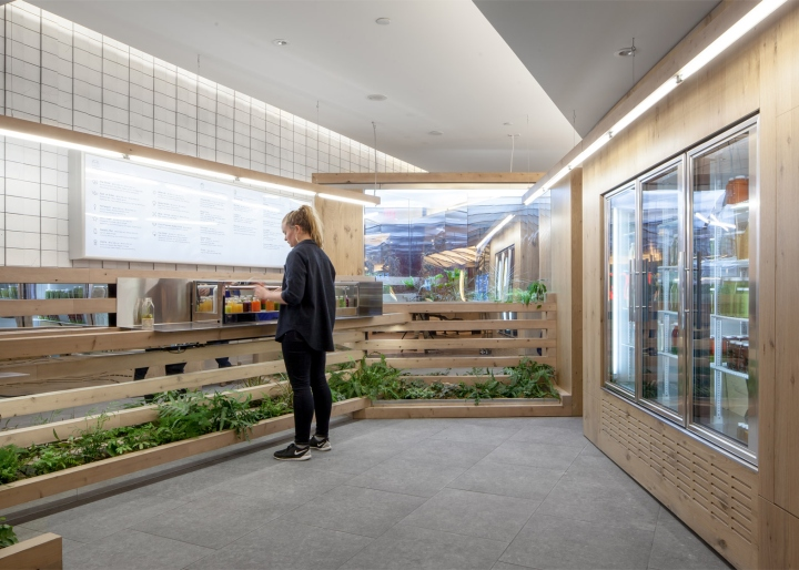 Grow-Op-juice-bar-by-Kilogram-Studio-Toronto-Canada-03