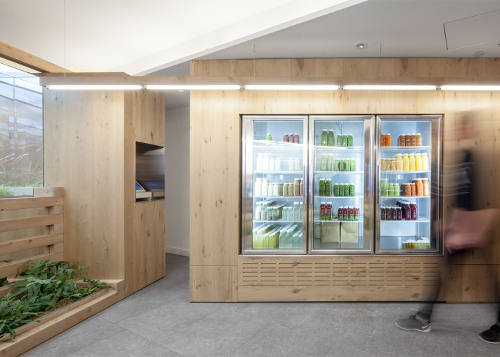 Grow-Op-juice-bar-by-Kilogram-Studio-Toronto-Canada-05