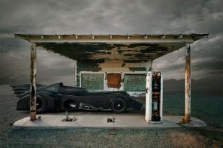 batman-travis-durden-post-apocalyptic-universe-02-320x213