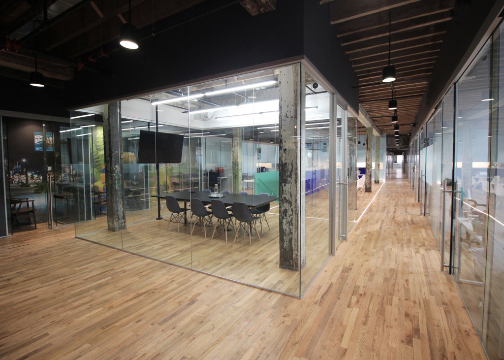 coworking-space-leeser-architecture-coworkrs-brooklyn-new-york-us_dezeen_1568_10