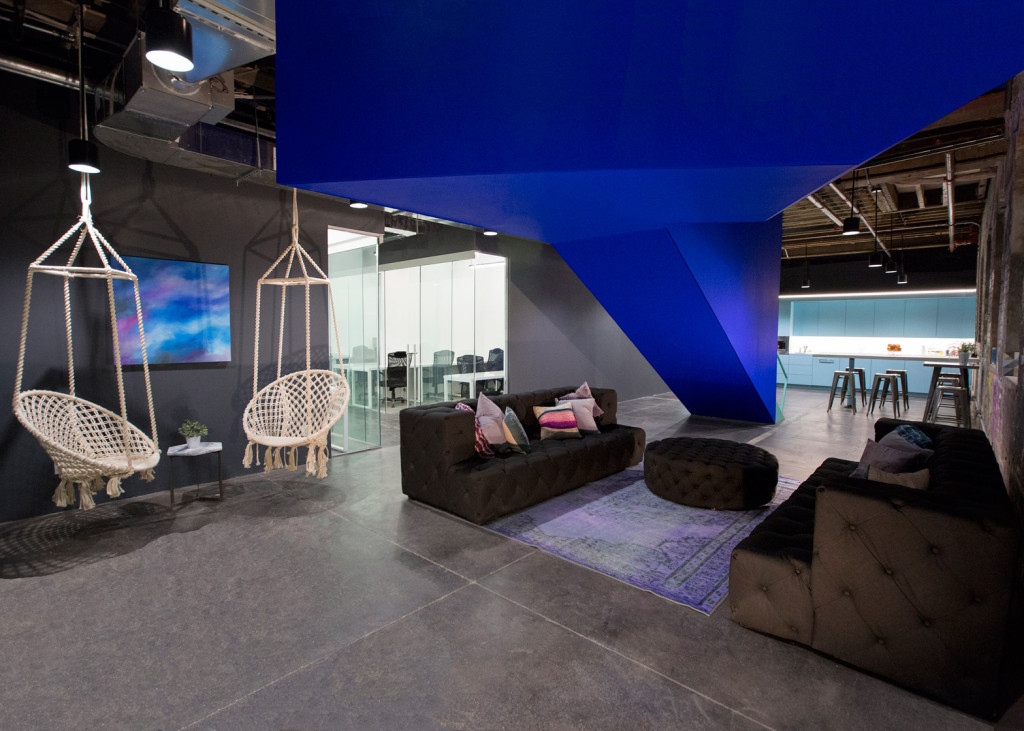coworking-space-leeser-architecture-coworkrs-brooklyn-new-york-us_dezeen_1568_2