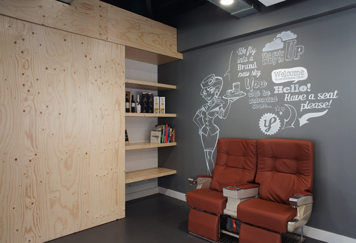 Young-Perfect-office-by-studiomfd-Breda-Netherlands-02
