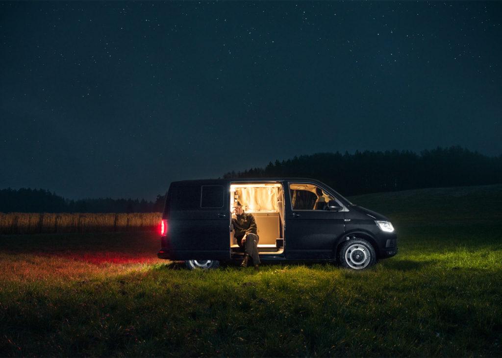 custombus-nils-holger-moormann-camper-van_dezeen_1568_11