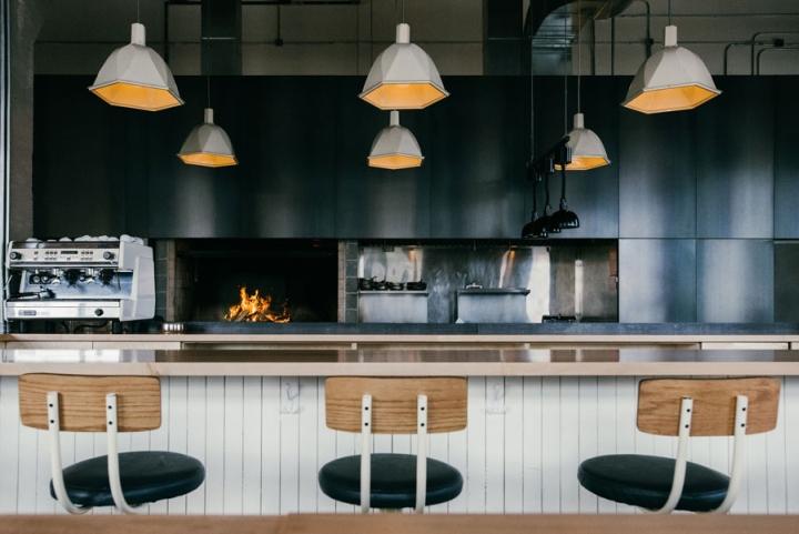 Hoogan-et-Beaufort-restaurant-by-APPAREIL-architecture-Montreal-Canada-03