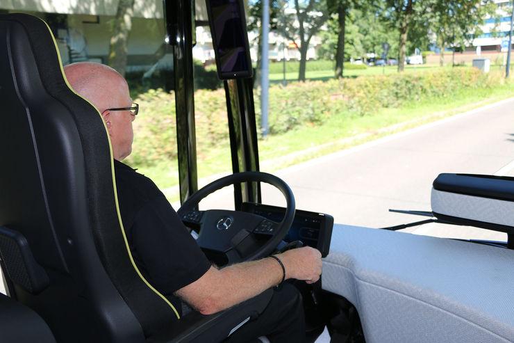 Mercedes-Benz-Future-Bus-autonomes-Fahren-fotoshowBig-67154e37-964453