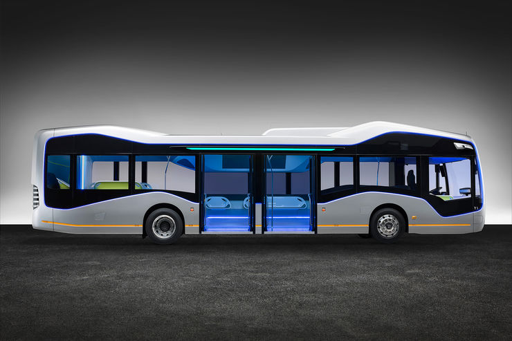 Mercedes-Future-Bus-fotoshowBig-1b15a9e9-964078