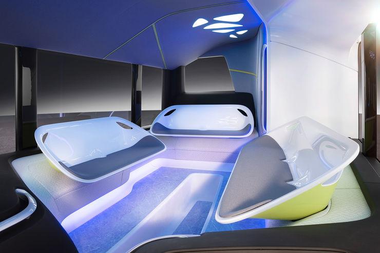 Mercedes-Future-Bus-fotoshowBig-6f540294-964087