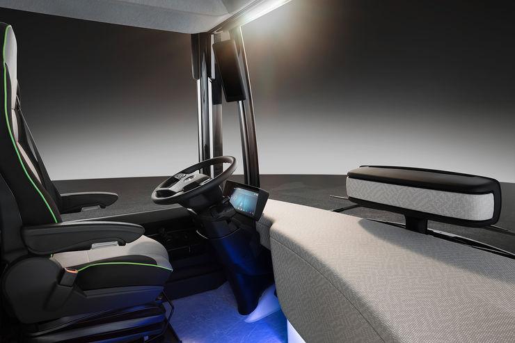 Mercedes-Future-Bus-fotoshowBig-a1e021b6-964085