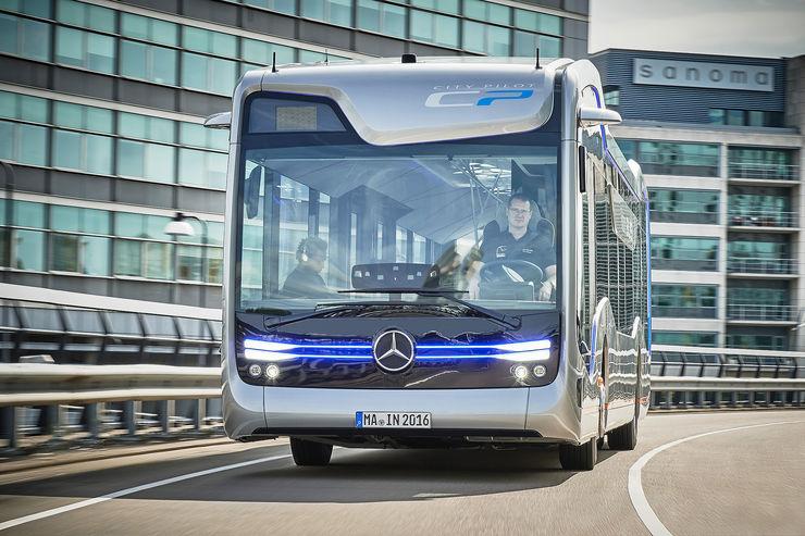 Mercedes-Future-Bus-fotoshowBig-f499bf54-964076