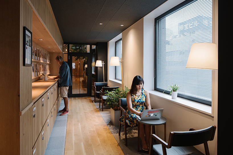 airbnb-tokyo-office-interiors-japan-suppose-design-office-designboom-06