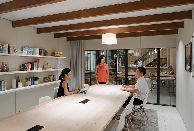 airbnb-tokyo-office-interiors-japan-suppose-design-office-designboom-07