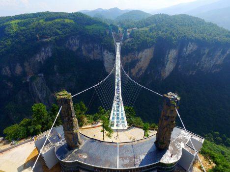 Längste Glasbrücke der Welt