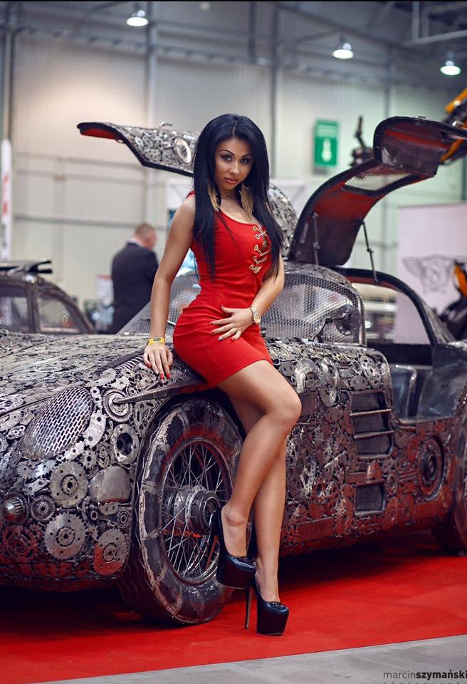 Rennwagen aus Altmetall