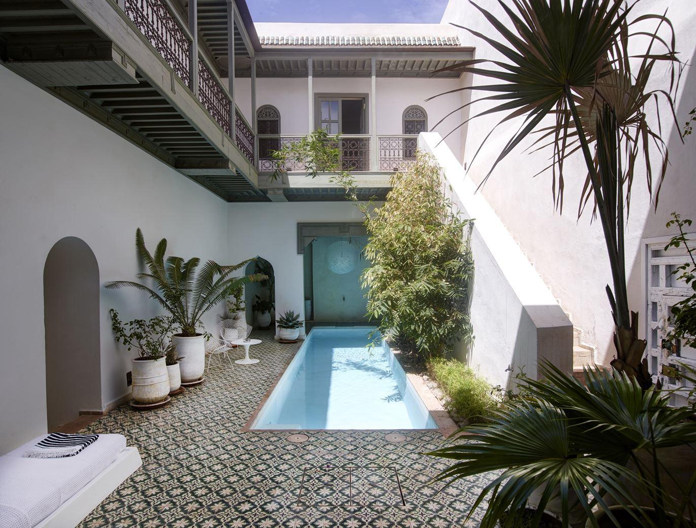 Riad Mena&Beyond