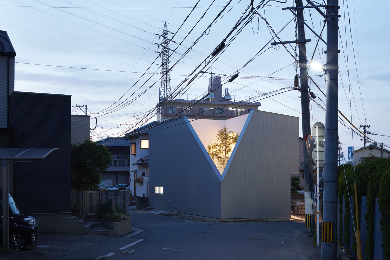 OJI House in Oita