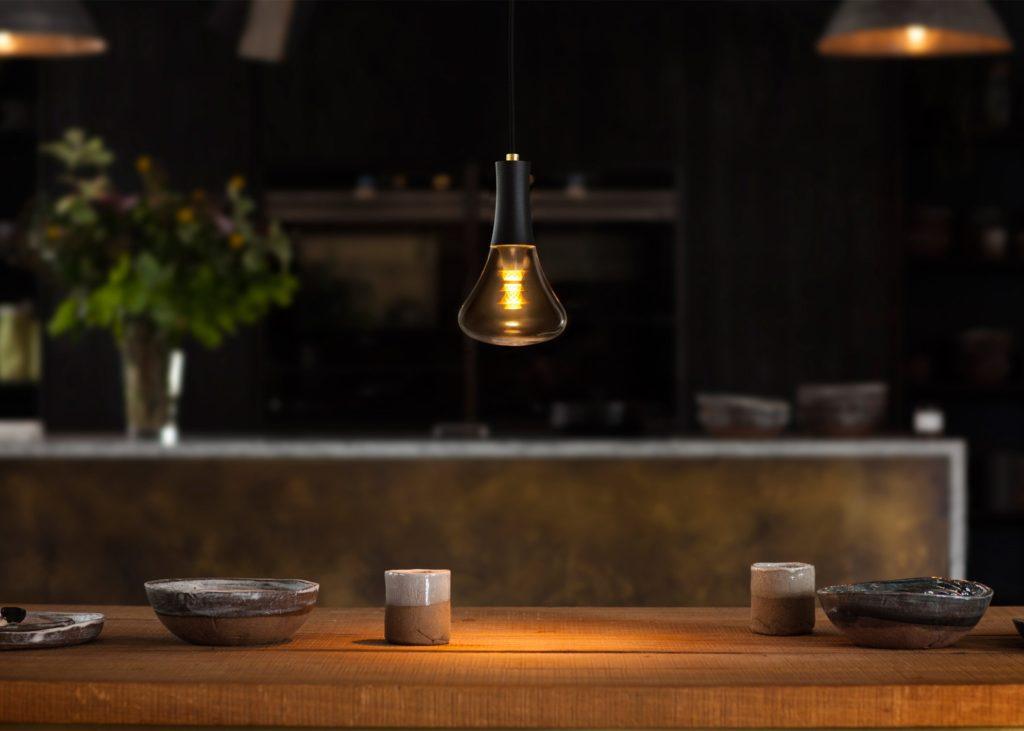plumen-003-lightbulb-design_dezeen_2364_ss_5