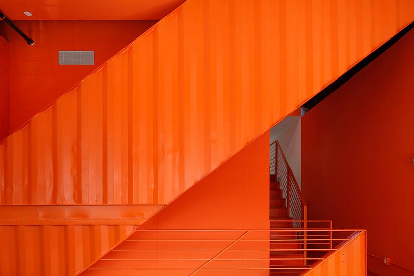 lot-ek-irving-place-carriage-house-brooklyn-new-york-designboom-06