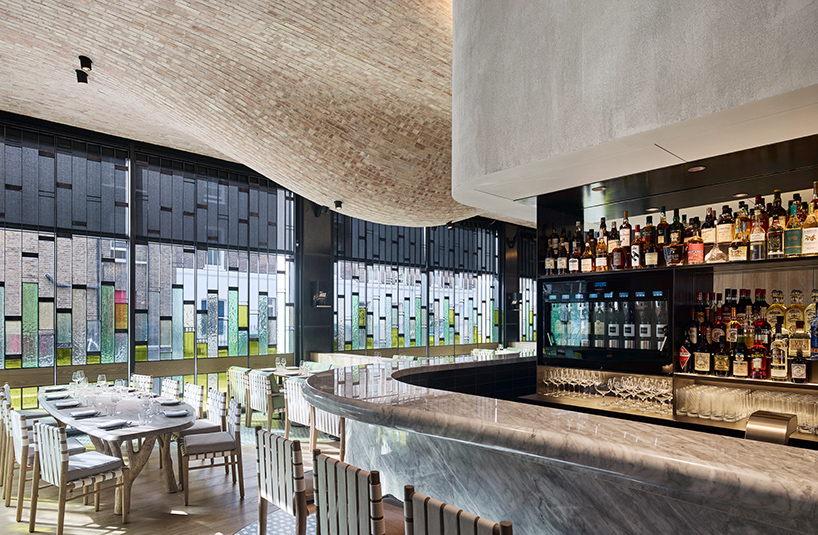 andy-martin-architecture-fucina-restaurant-london-designboom-03