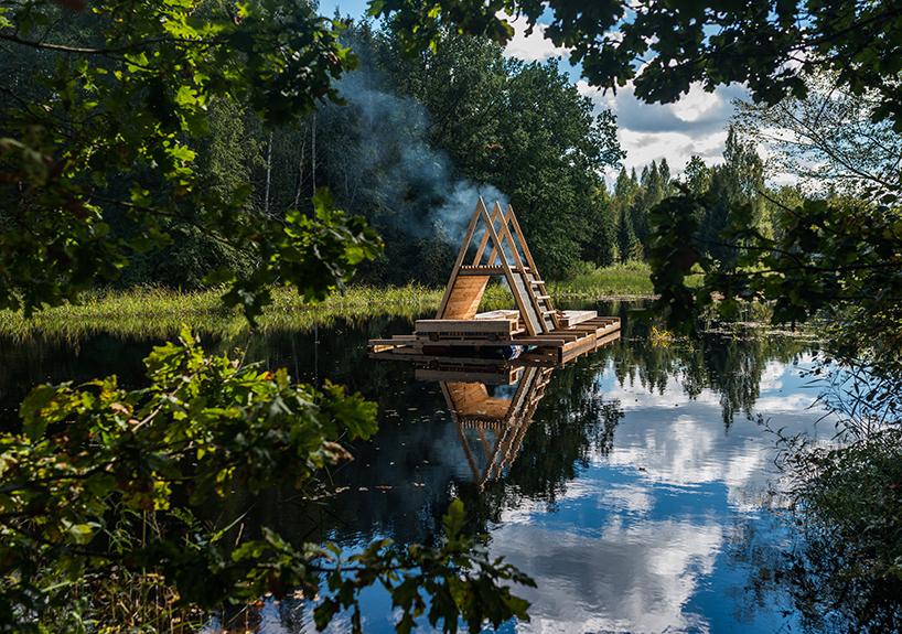 Ein Floss in Estland