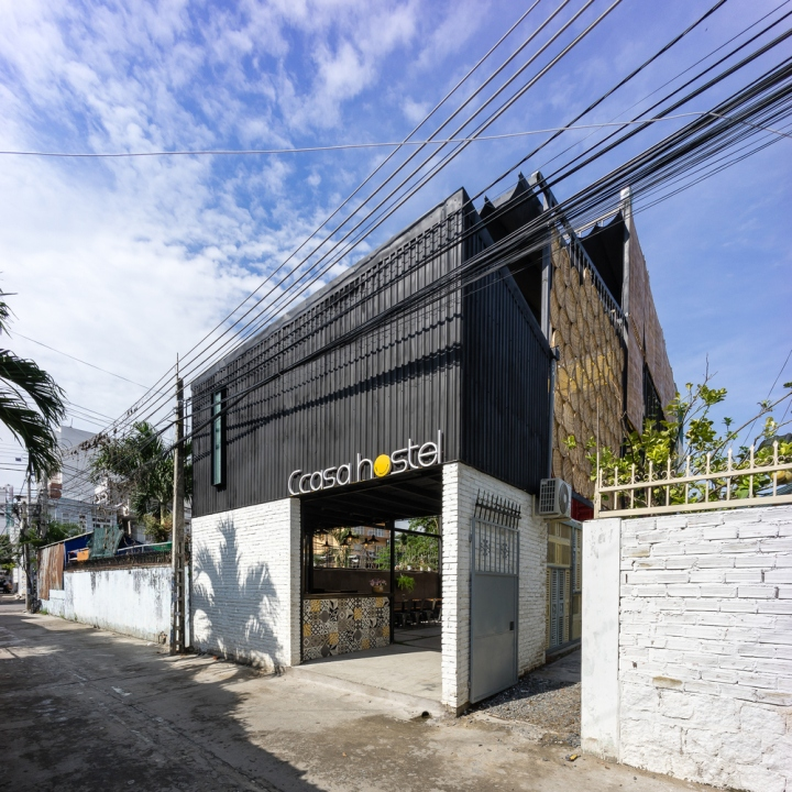 ccasa-hostel-by-tak-architects-nha-trang-vietnam27