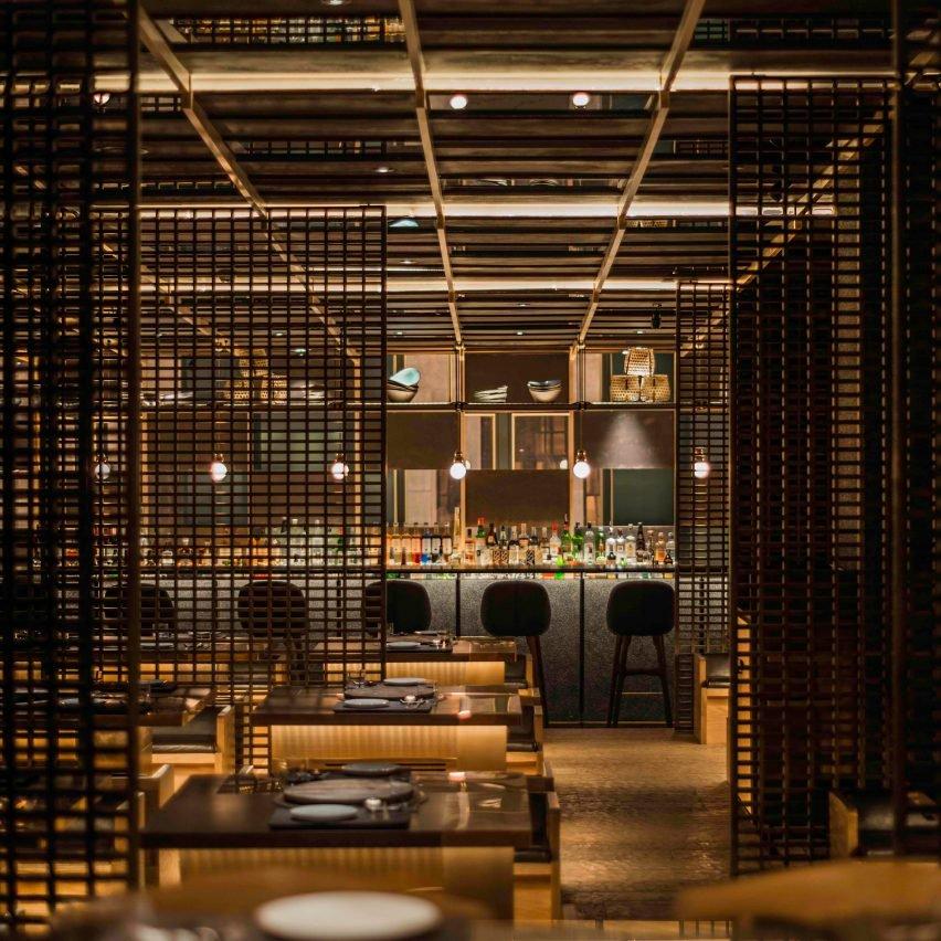 chi-q-nerihu-jean-georges-interior-shanghai_dezeen_2364_col_7-852x852