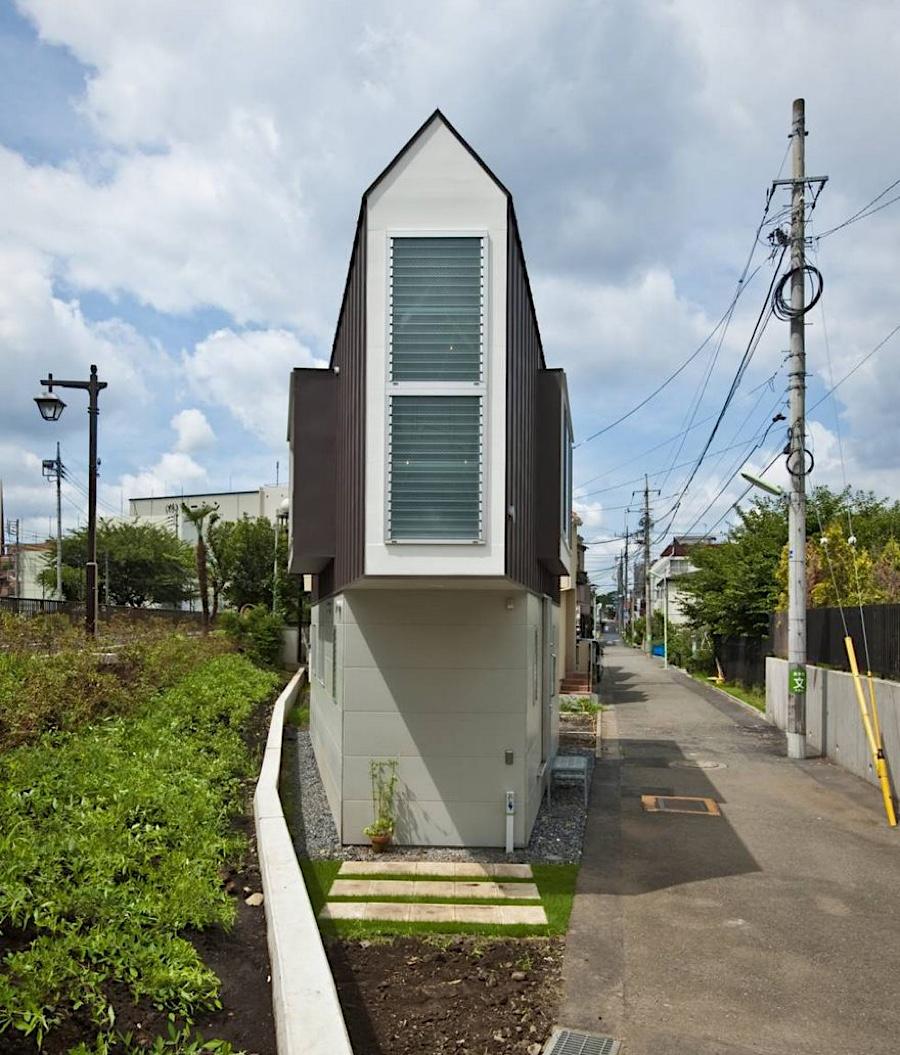 Extrem schmales Haus in Horinouchi