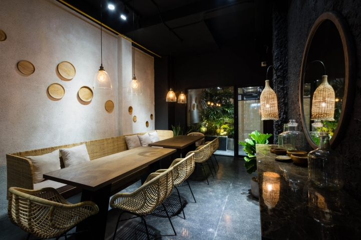 Redot Restaurant in Ho Chi Minh